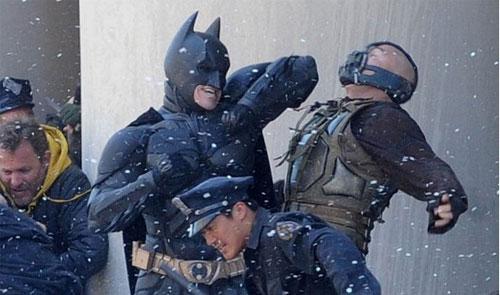 The Dark Knight Rises Batman, Bane In Epic Fight, Football- Fight Video