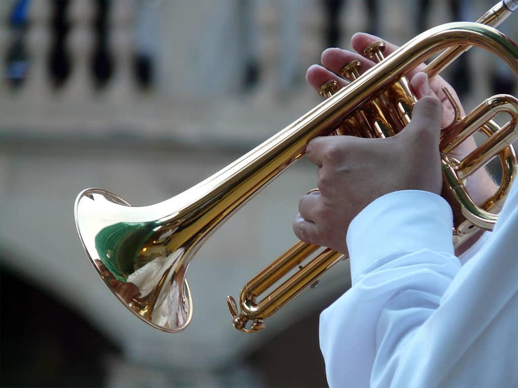 trumpet-player-trumpet-musician-blowers-music