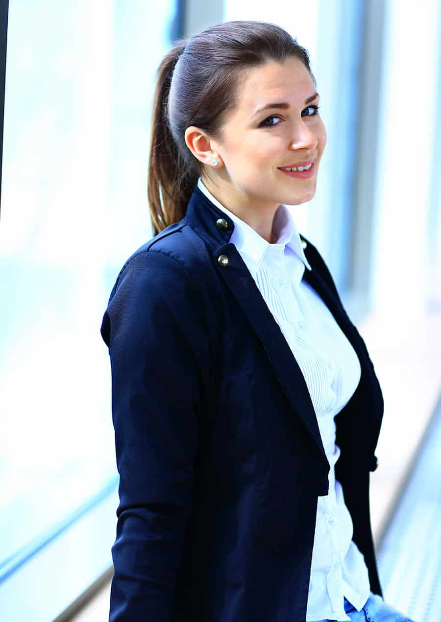 business-woman-female-CEO