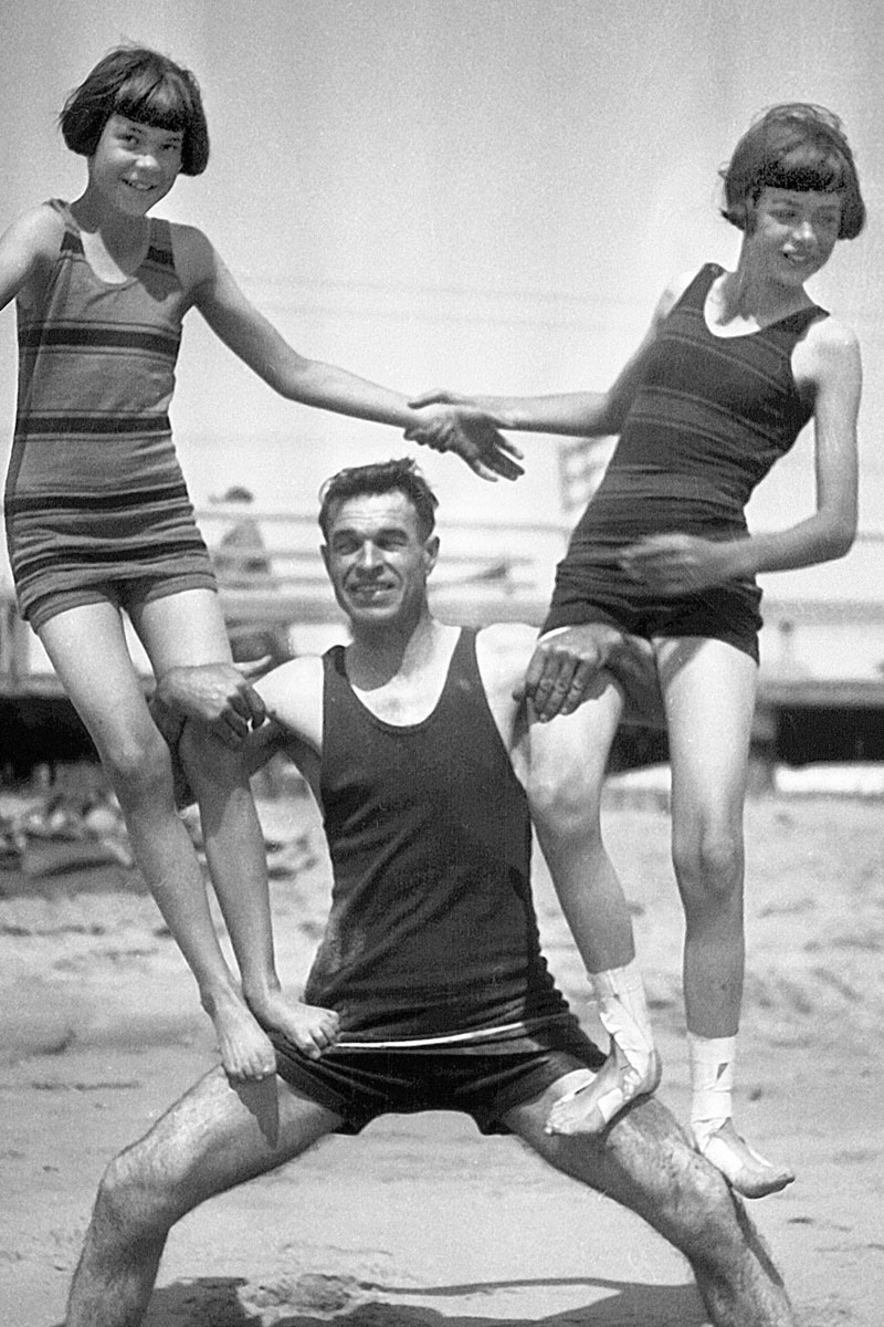 Swimsuits Fashion 1920s-1930s