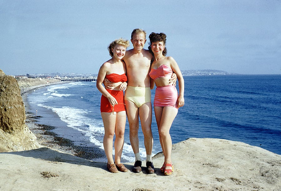 swimsuit-40s-05-swimsuits-history