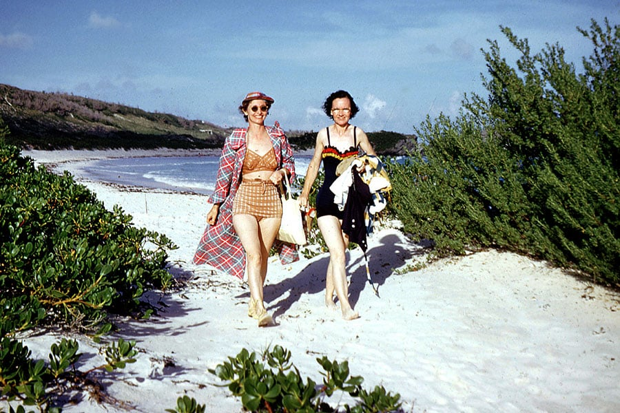 swimsuit-40s-swimsuits-history