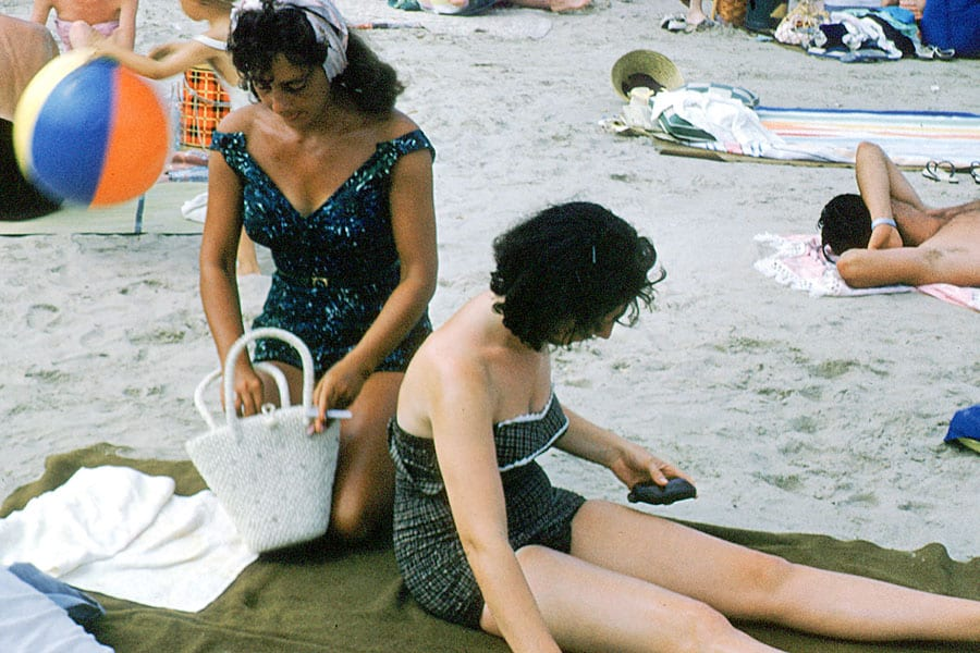swimsuit-50s-07-swimsuits-history
