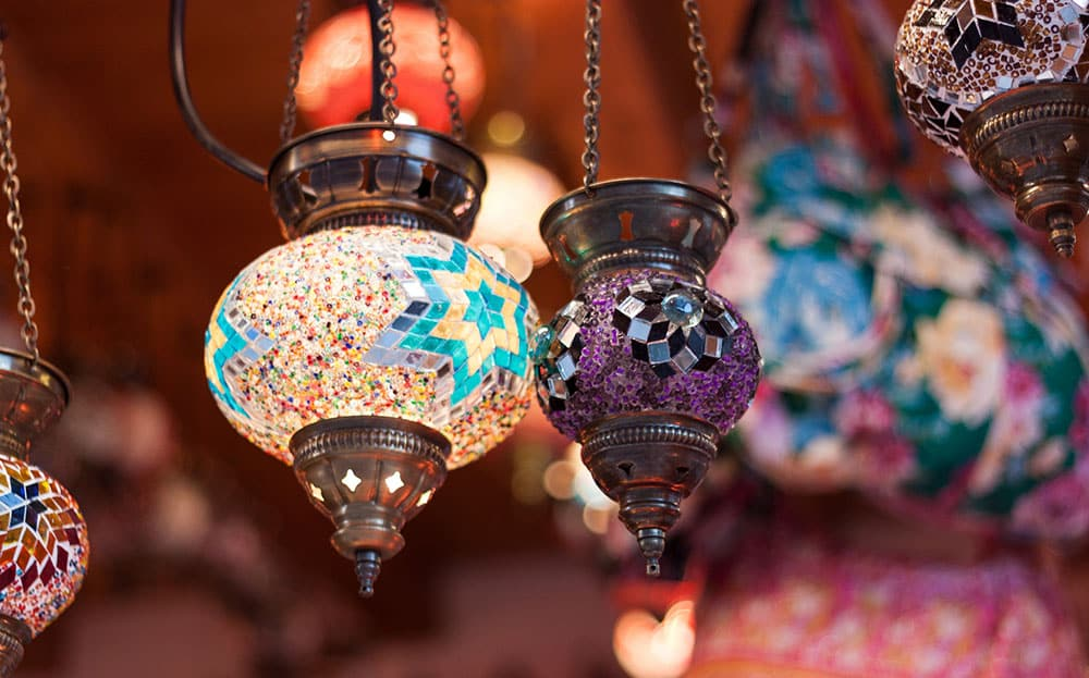 Old-Town-Lamps