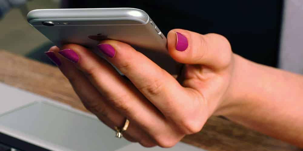 Mobile E-commerce (m-commerce)