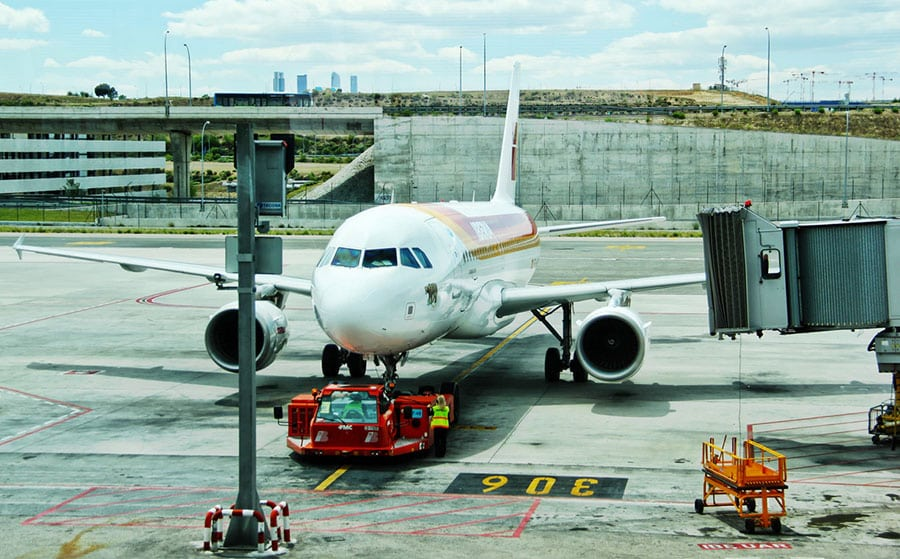 Why Your Business Needs to Be Using Air Freight Forwarding