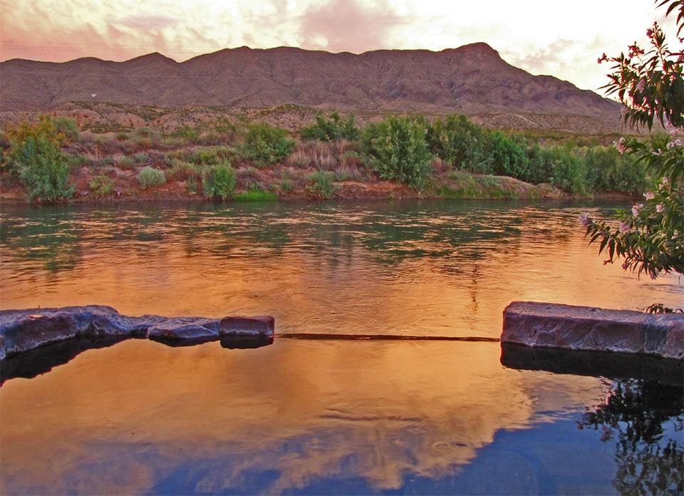 Riverbend Hot Springs, New Mexico