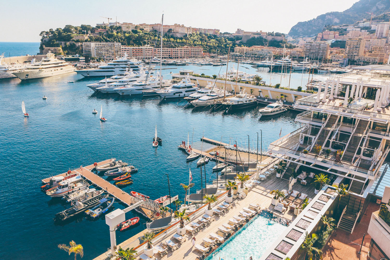 Les meilleures destinations au monde pour louer un super yacht